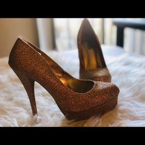 Charlotte Russe Sz6 Glitter Gold Pumps